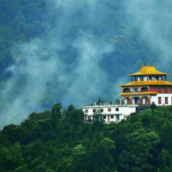 Gangtok – the hub of Buddhist Monastery